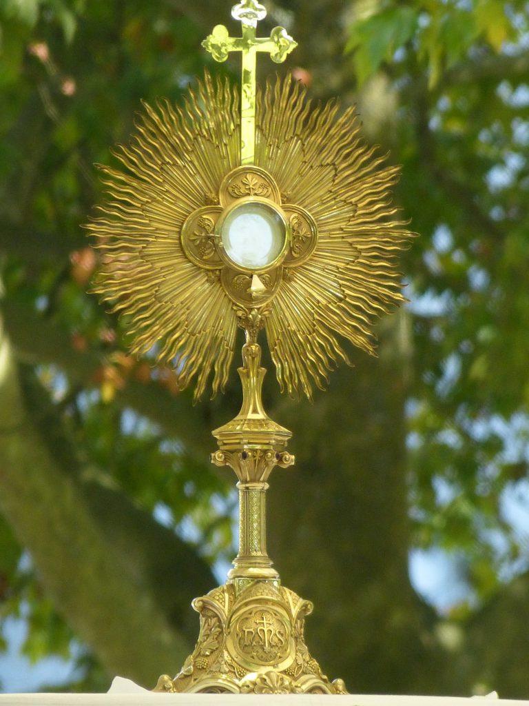 Eucharistische Anbetung in St. Matthias Hackenberg